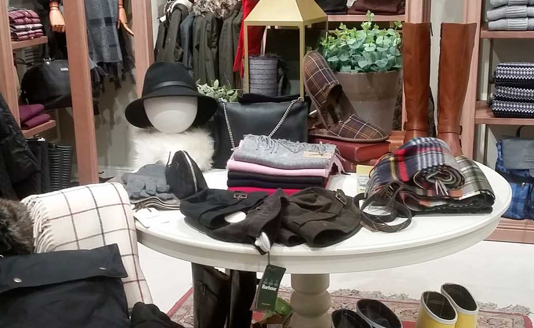 BARBOUR-OUTLET--LASROZAS01
