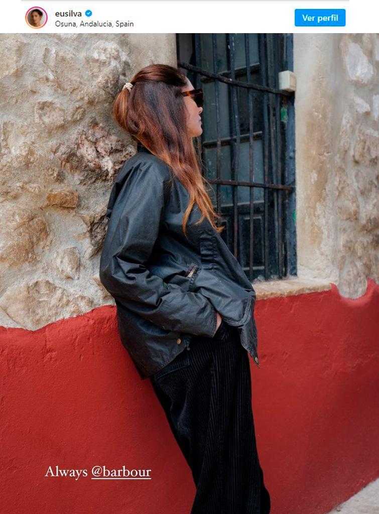 Eugenia Silva vistiendo chaqueta Barbour